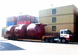 transportes-pesados-tanques-porto-de-itajai